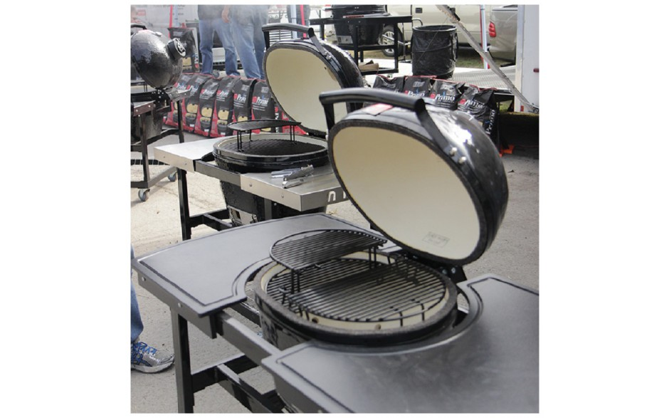 Primo_grill_5_oval_LG_Large_300_bydnd_keramische_houtskool_barbecue_L.jpg